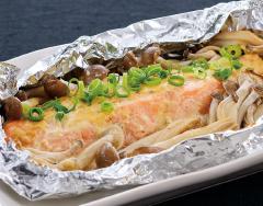 秋鮭の味噌マヨホイル焼き